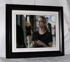 "A375EBR EMILY BETT RICKARDS - ""ARROW"" SIGNED"
